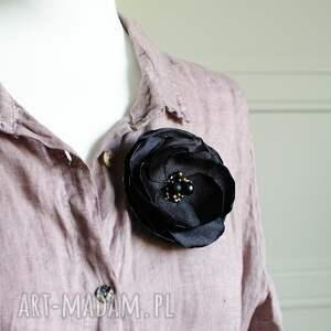 czarna broszka kwiat przypinka do sukienki, bluzki, biżuteria damska