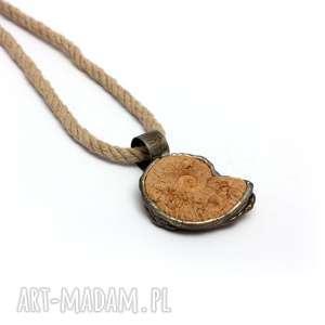 surowy Amonit , naturalnie