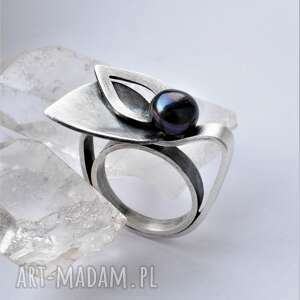Pierścień z perłą dziki krolik czarna perła, pierścionek