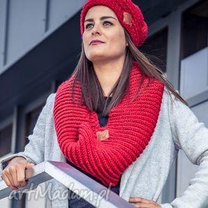 Komin Czerwony Dywan, jesień, zima, komin, włóczka