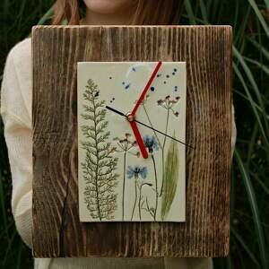 Zegar na desce sierpniowa łąka zegary enio art zegar, zegarek