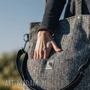 torebki torebka z grubej szarej plecionki kieszonkami na ramię lub skos