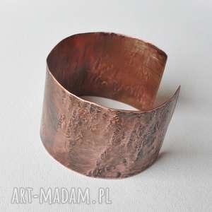 ręcznie robione bransoletka bangla z kutej i oksydowanej miedzi