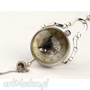 Czas zatopiony w srebrze zegarki drobinyczasu zegarek