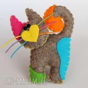 handmade broszki kolorowy kotek broszka z filcu