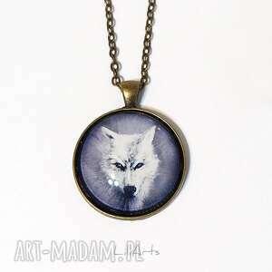 Medalion, naszyjnik - biały wilk antyczny brąz, prosty
