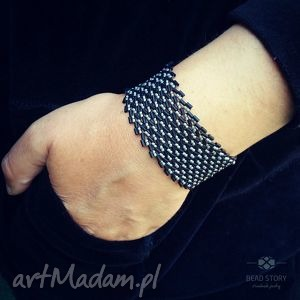 elegancka bransoletka w szaro czarną jodełkę, koraliki, szkło, klasyka, elegancja