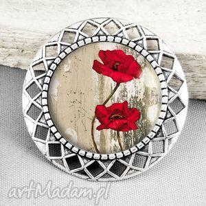 Prezent broszka z makami w szkle, kwiaty, maki, czerwień, czerwona, stylowa, prezent