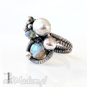 bubble & blue - pierścionek z labradorytem