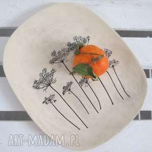 owalny talerz z baldachami, dekoracyjny talerz, roślinna patera, roślinami