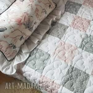 romantyczna narzuta patchwork szaro różowa dla dziewczynki shabby chic