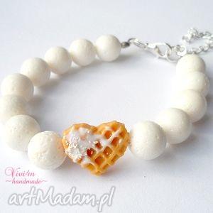 prezent na święta, koralowe serce, koral, walentynki, biały, posrebrzany