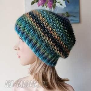 zima nad morzem, rękodzieło, bezszwowa czapka na druta, ręcznie wykonana