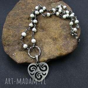 perły z sercem - perły, hodowlane, srebro, naszyjnik