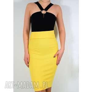 żółta spódnica dzianinowa, spódnica, tuba, rozciągająca, uniwersalna