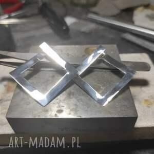 srebrne geometryczne kolczyki, surowy, minimalistyczny, prosty, srebro 925