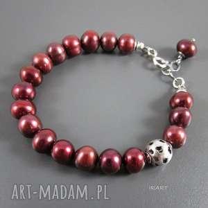 Bordowe perły z serduszkami, perły, srebro