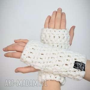rękawiczki 16 - białe - mitenki, upominek, prezent komplet, zestaw