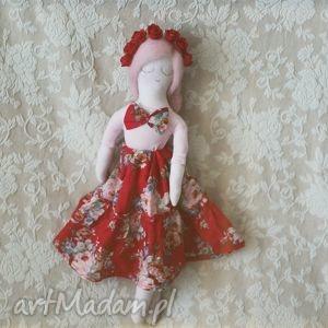 różana bajka - lalka basia, lalka, wianek, różana, spódnica, falbanki dla dziecka