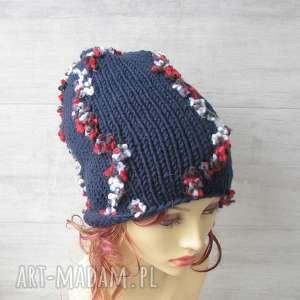 czapki duża czapka ręcznie robiona, wełniana, kolorowa czapka