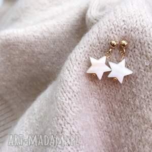 kolczyki - gwiazdki, gwiazda, masa perłowa, biżuteria
