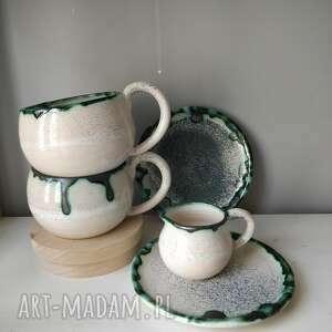 handmade ceramika zastawa z dwóch filiżanek i dzbanuszka