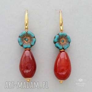 kolczyki anemony z karneolem, kolczyki, metal, szkło, karneol, kropla, kwiatek
