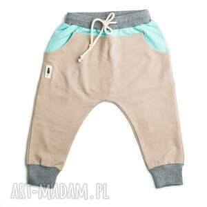 spodnie KARMEL, baggy, pants, mięta, bawełna, design, przedszkole