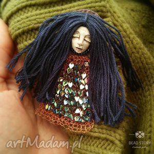 Leśna nimfa broszki bead story laleczka, buzia, szkło, metal
