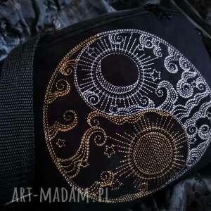 nerka xxl yin i yang, czarna nerka, saszetka z haftem, haft
