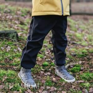 spodenki softshell czarne 116/122, spodnie softshell, nieprzemakalne