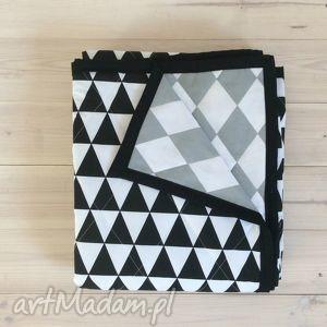 narzuta szaro-czarna 100x130cm, kołderka, narzuta, kocyk, romby, trójkąty