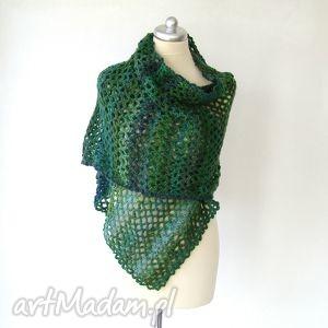 szal gigant w zieleniach - szal, szalik, ażur, ciepły, dodatek, otulacz