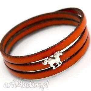 hand-made bransoletki bransoletka magnetoos triple small horse orange