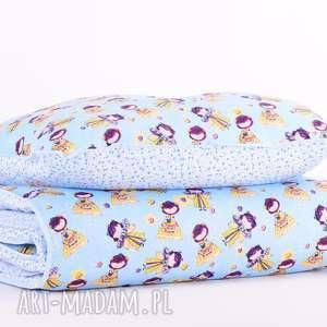 Pościel dziecięca z kołderką 110x125cm i poduszką 50x60cm WRÓŻKI od majunto,