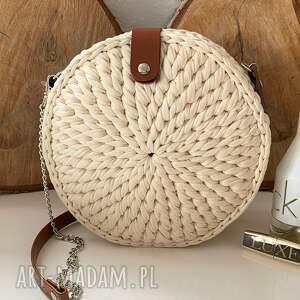 handmade na ramię szydełkowa torebka okrągła kremowa
