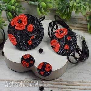 komplet biżuterii czerwone maki wkrętki, zawieszka i sznurkowa bransoletka