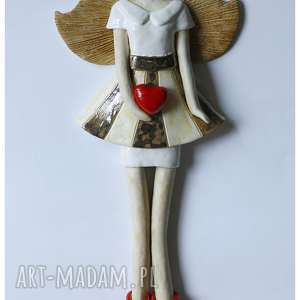 anioł w spódnicy paski, ceramika, anioł, serce
