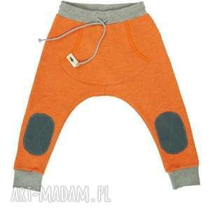 grube baggy orange, spodnie, grube, baggy, dziecko, wiosna, z łatami