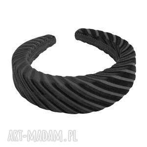 gruba czarna opaska w prążki, gruba, czarna, opaska, prązki, elastyczna, włosów