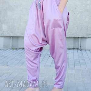 Różowe pumpy alladynki z satyny spodnie non tess alladynki