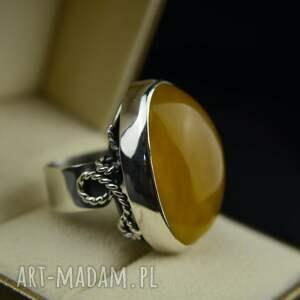 duży pierścionek z bursztynem srebro, bursztynem, bursztyn