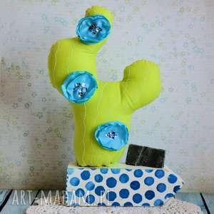 kompozycja z kaktusem - niebieski, kaktus, kwiaty, kompozycja, urodziny