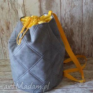 pikowany plecak z alcantary, plecak, plażowy, wakacyjny, alcantara