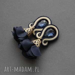 kolczyki sutasz z kwiatkiem, sznurek, eleganckie, wiszące, kremowe, wyjściowe
