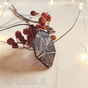drewniany wisior grawerowany, moonlight minimalist art - las, noc, folk, etniczny