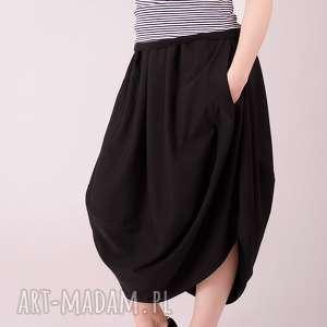 spódnica oversize z kieszonkami, czarna, długa, szeroka, elegancka, prosta
