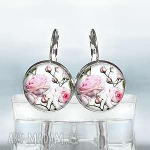 pudrowe róże piękne krótkie kolczyki, róża, pudrowy, babci, prezent, bigle