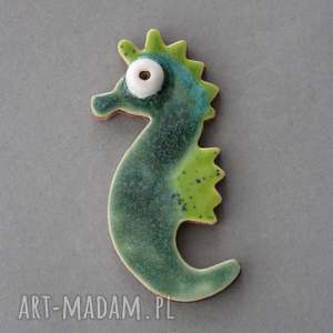 ręczne wykonanie broszki morski dzikus - broszka ceramika