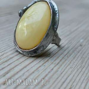 pierścionek z bursztynem biżuteria natury, bursztyn, naturalna